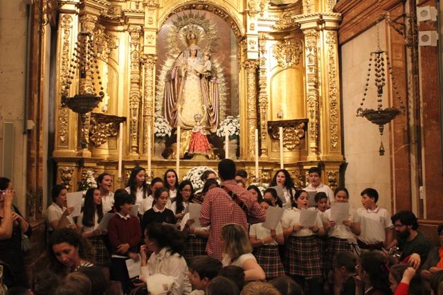 Peregrinación Del Colegio San Miguel Adoratrices A La Macarena Jubileo De La Misericordia Sevilla