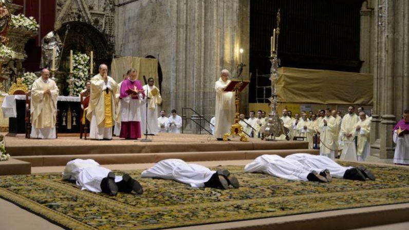 El domingo se celebrarán ordenaciones sacerdotales, de diáconos y diáconos permanentes en la Catedral