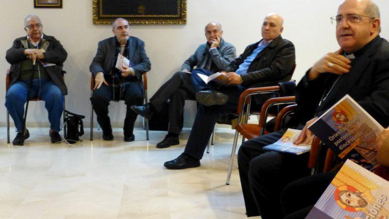 Las 'Orientaciones Pastorales' a debate en la comunidad diaconal