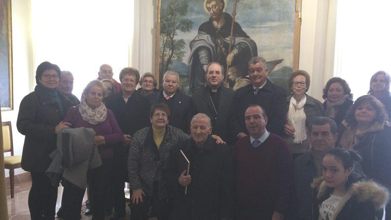 """Mons. Asenjo pide hablar de Jesucristo """"con ilusión a todas las personas de nuestros barrios"""""""