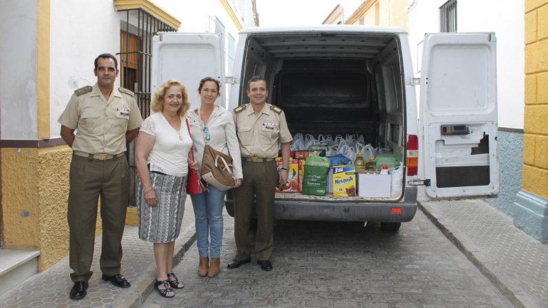 1200 kilos de solidaridad para las Hermanas de la Cruz, de Utrera
