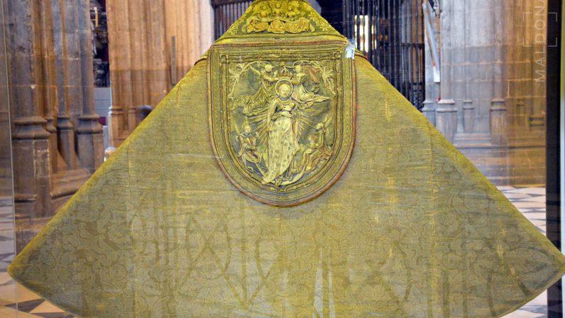 Capa Pluvial de Carlos V en la Catedral de Sevilla