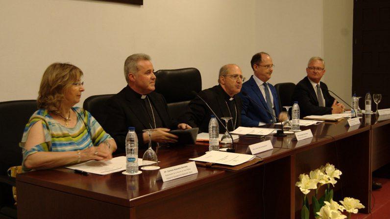 Mons. Iceta en el XII Encuentro de Pensamiento Cristiano