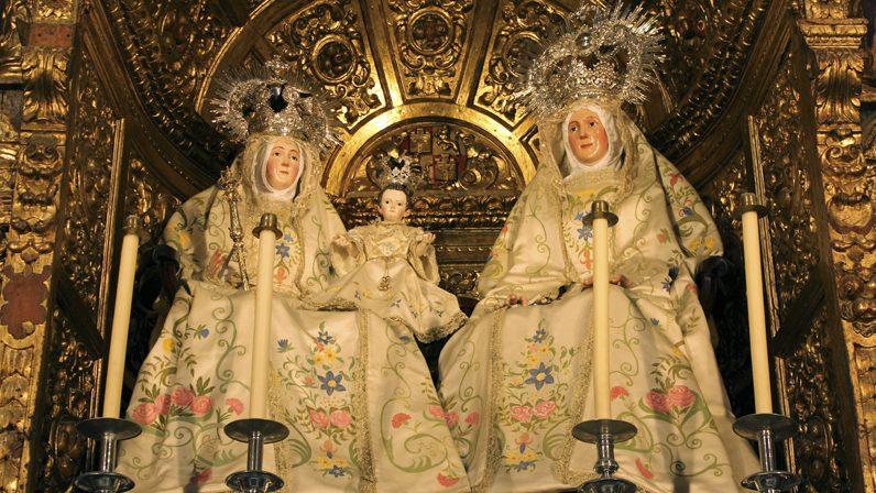 Santa Ana, iglesia abierta y devoción de siglos