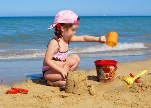 niños-en-la-playa