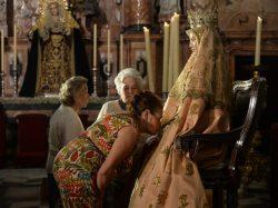 Besamanos de la Virgen de los Reyes