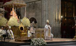 """Homilía de monseñor Asenjo por la Solemnidad de la Asunción de la Virgen: """"El amor es más fuerte que el egoísmo"""""""