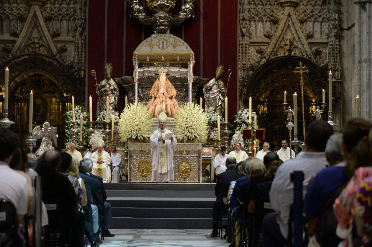 Mons. Asenjo preside la Misa por la Solemnidad de la Asunción de la Virgen