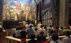 Primeras visitas y cultos en la peregrinación diocesana a Tierra Santa