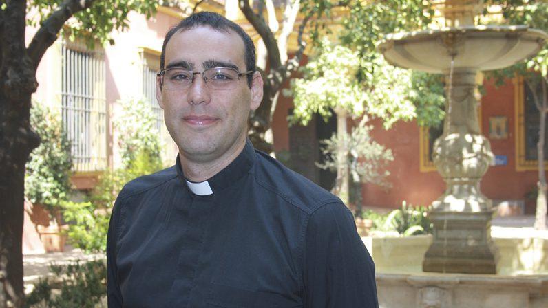 """Entrevista a Óscar Díaz, Vicario Episcopal para la Nueva Evangelización: """"¿Por qué tenemos complejo de ser cristianos y católicos?"""""""