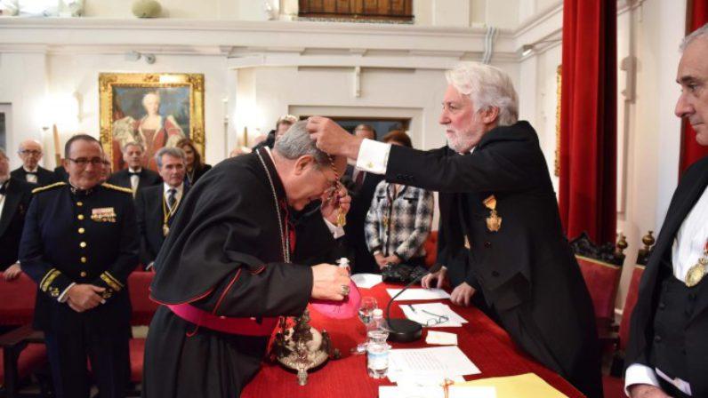 Monseñor Asenjo ingresa en la Real Academia de Medicina
