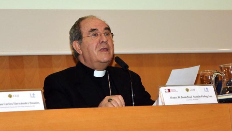 """Mons. Asenjo: """"el cristianismo es más renovador y progresista de lo que señalan con machacona insistencia los terminales de la cultura secularizada"""""""