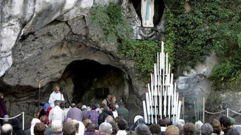 La Hospitalidad diocesana Sevilla-Lourdes se une a la cadena 'Lágrimas de vida'