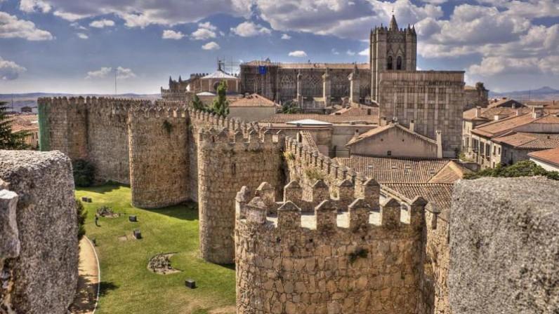 Peregrinación de sacerdotes a Ávila por el Año Jubilar