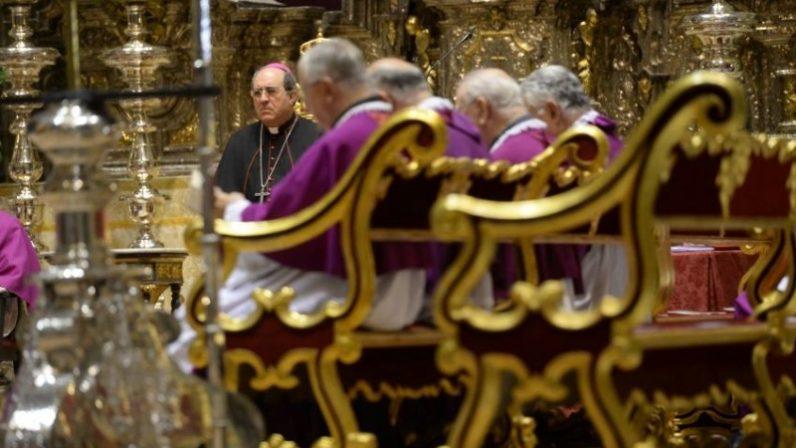 Monseñor Asenjo nombra a nuevos canónigos de la Catedral