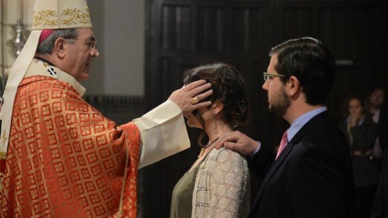 La Delegación de Liturgia comunica las indicaciones para las Confirmaciones en la Catedral de Sevilla