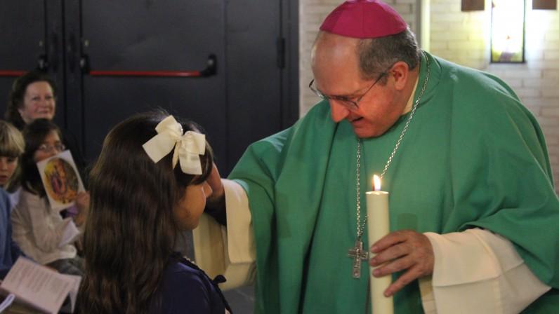Comienza la visita pastoral a la parroquia del Dulce Nombre en Bellavista