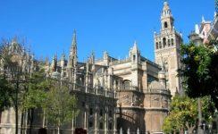 La Catedral de Sevilla acogerá hoy el funeral por las víctimas del coronavirus
