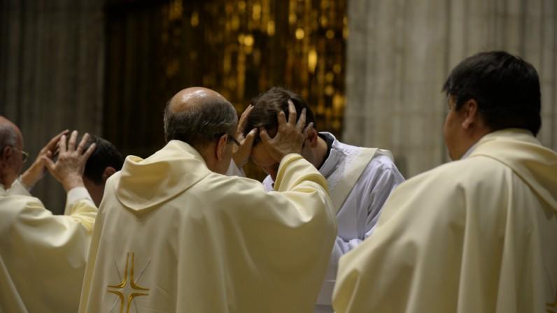 Dos diáconos y seis presbíteros serán ordenados el 28 de junio
