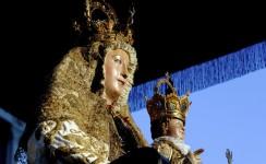 Agosto sevillano con la Virgen de los Reyes
