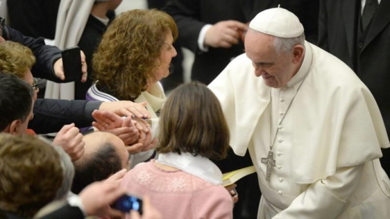 El Papa con APASCIDE, la asociación de familias de personas con sordoceguera