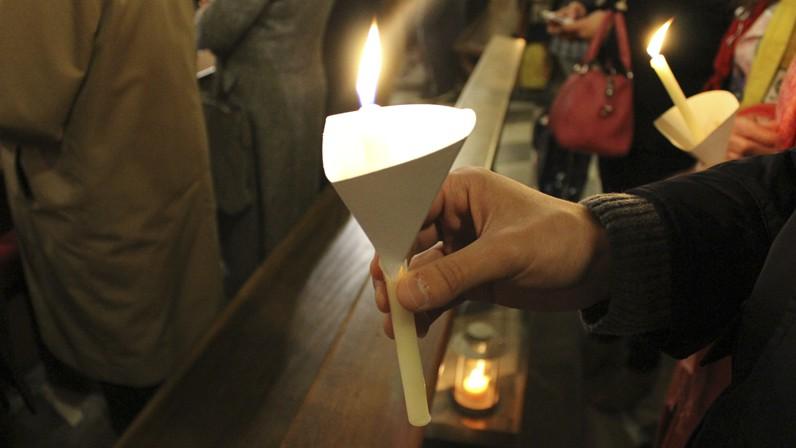 """Luis Rueda: """"La Pascua es para vivirla como verdaderos resucitados, recién salidos de la pila bautismal"""""""