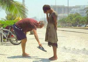 servir-a-otros-es-amor-al-projimo