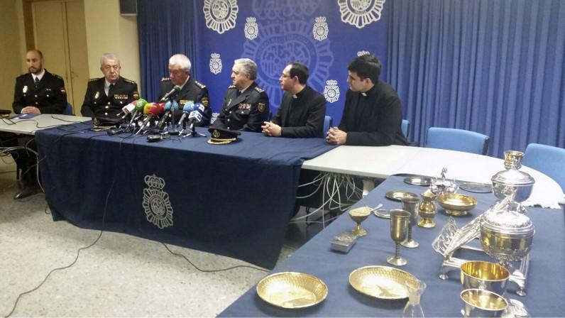 La Policía recupera los objetos sustraídos de la Parroquia del Corpus Christi
