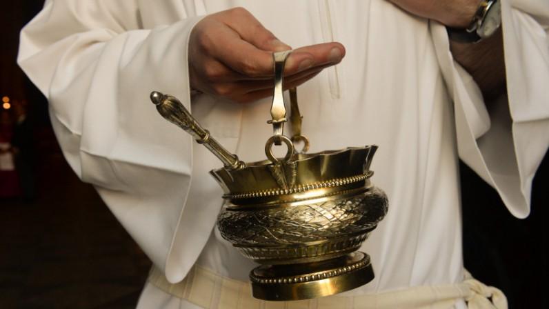 """aea03d5b5b2 Luis Rueda  """"ahora toca aprender a celebrar con la liturgia emanada de  Concilio"""""""