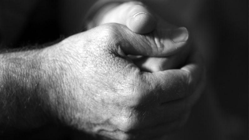 Cristo en la calle: Testimonios y relatos de fe y entrega a los demás