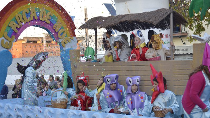 La parroquia de Santa Cruz participa en la Cabalgata de Reyes