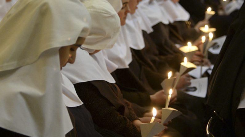 Monseñor Asenjo pide a las monjas contemplativas que no dejen de interceder al Señor por la humanidad
