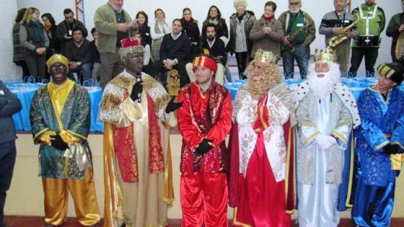 Los Magos de Oriente visitan las prisiones de Sevilla