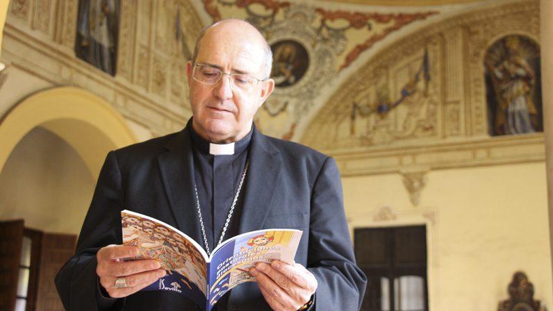 """Entrevista a mons. Santiago Gómez, Obispo auxiliar de Sevilla: """"La misión es el sentido de la Iglesia"""""""