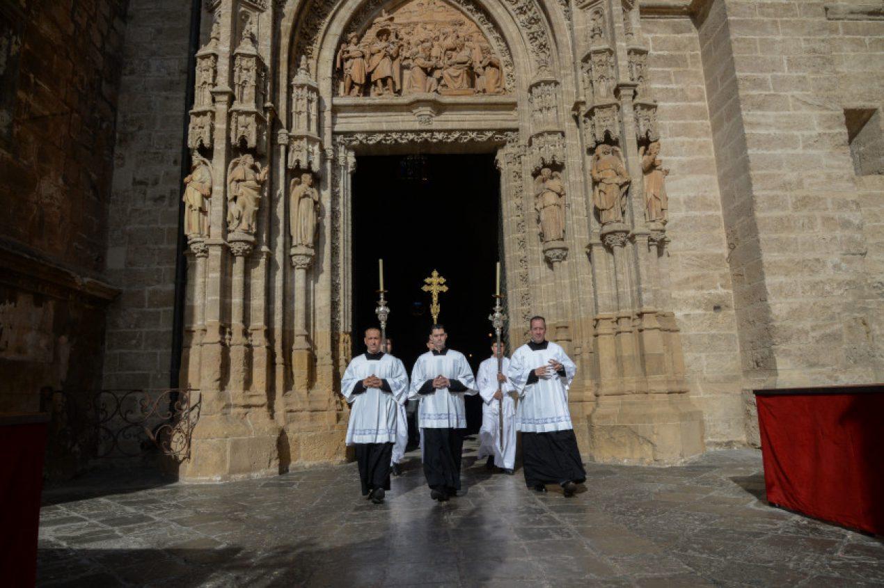 Misa de Domingo de Resurrección en la Catedral de Sevilla