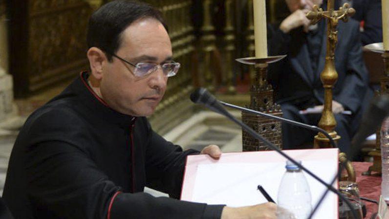 Teodoro León clausura el ciclo 'Fides et Ratio'