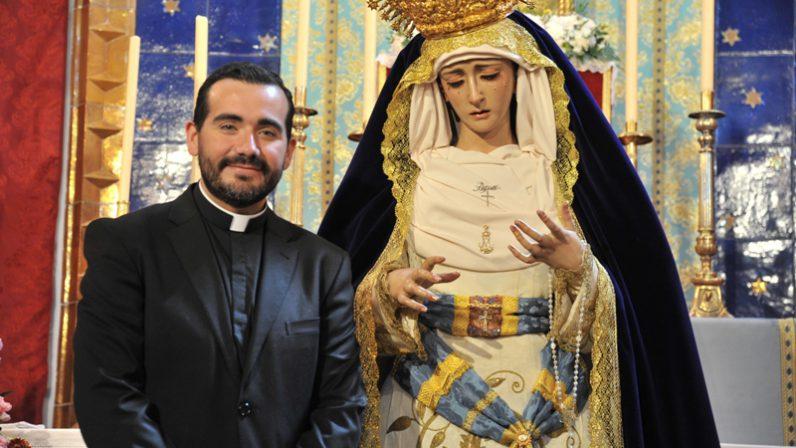 La Corza recibe a su nueva devoción, la Virgen del Reposo