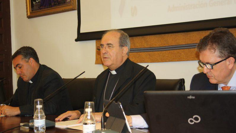 Conservación del patrimonio, acción pastoral y asistencia social, prioridades económicas de la Archidiócesis de Sevilla en 2016