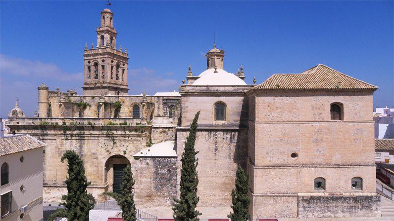 La Archidiócesis restaura la iglesia de San Miguel de Morón de la Frontera