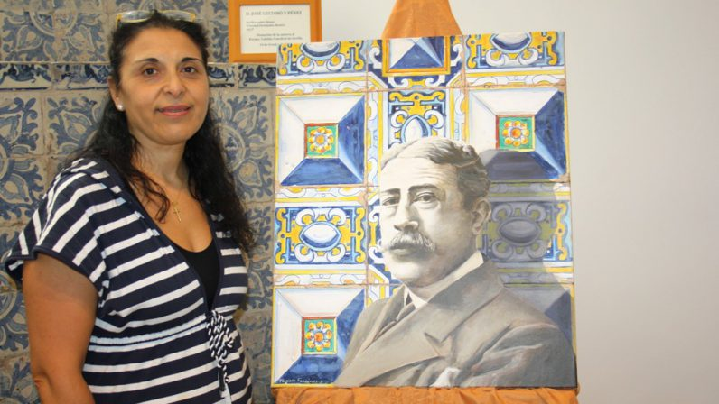 Donan al Cabildo Catedral un retrato de José Gestoso