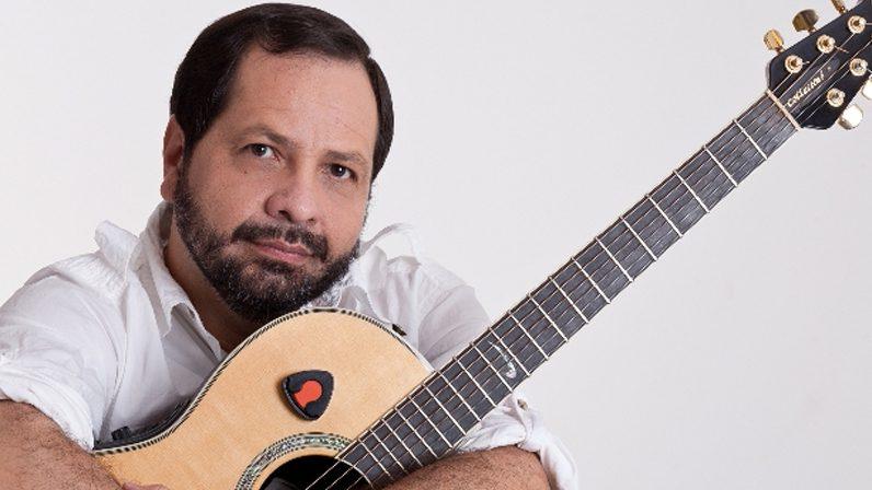 Martín Valverde en concierto a beneficio de Cáritas Diocesana y Regina Mundi