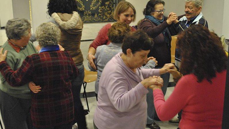 Hermandades y Cofradías III: Musicoterapia para mayores en la Hermandad de La Sed