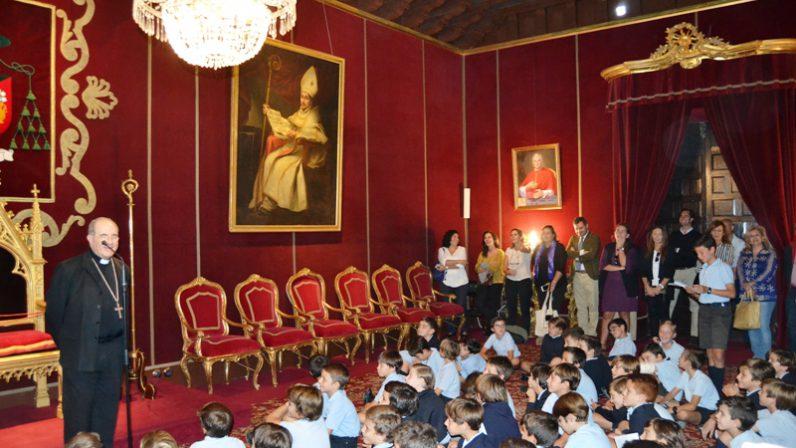 El Arzobispo recibe a los niños del Colegio Tabladilla