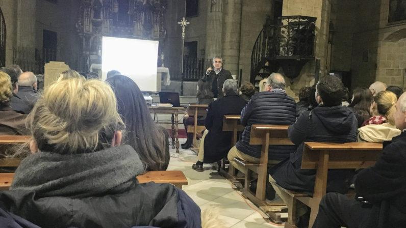 """El matrimonio cristiano, """"un don al servicio de la evangelización"""", en la Misión Popular de Santiago"""