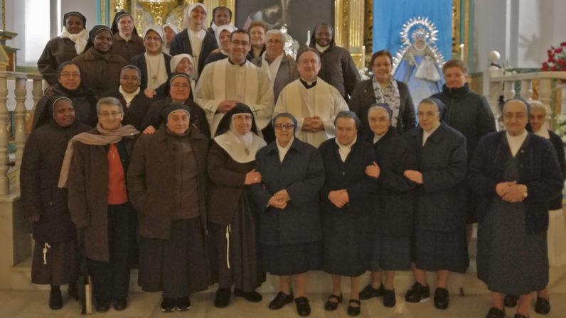 Encuentro de la vida consagrada en la Misión Popular de Santiago