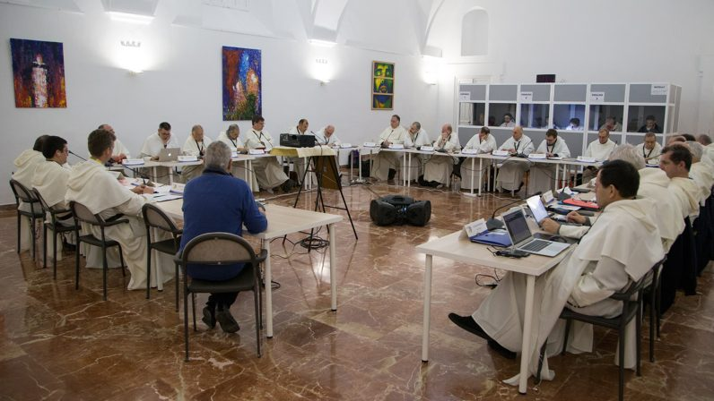 El convento Santo Tomás de Aquino de Sevilla acoge el encuentro europeo de provinciales dominicos