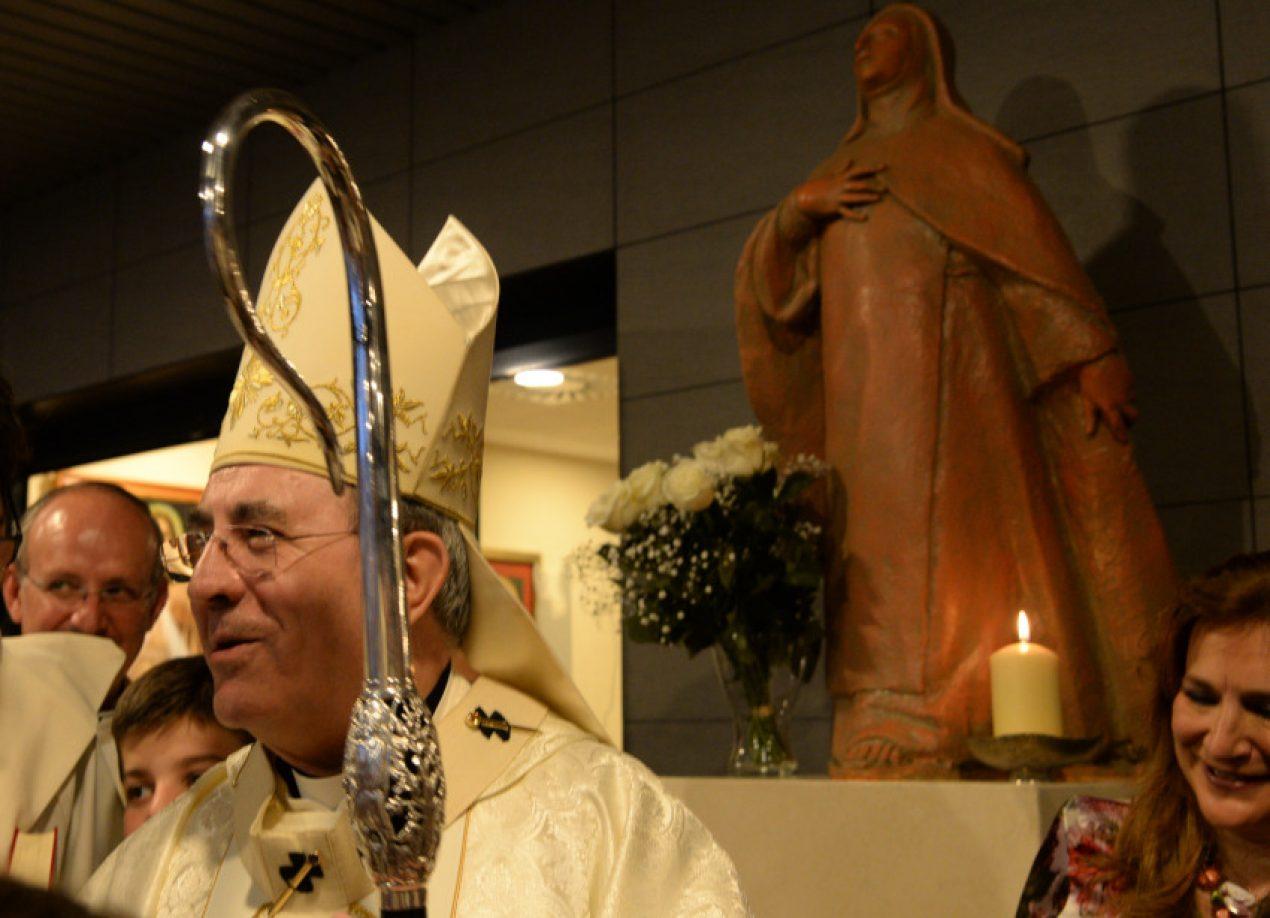Eucaristía por el aniversario del la canonización del papa polaco en la Parroquia San Juan Pablo II