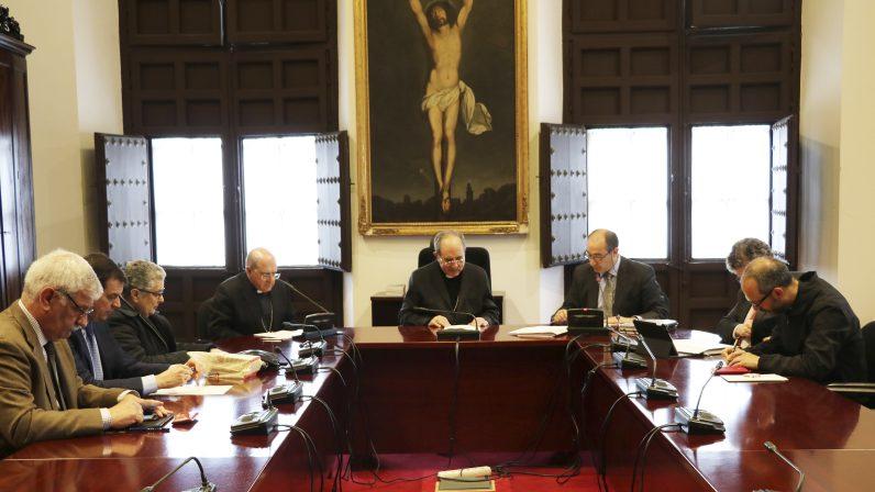 """El Obispo auxiliar felicita al Patronato de la Fundación Diocesana de Enseñanza Victoria Díez por """"los resultados alcanzados"""""""