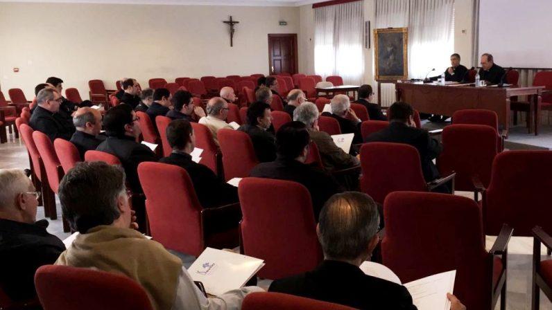El Consejo del Presbiterio aborda la situación actual del clero sevillano