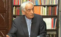 Marchena homenajea al sacerdote Juan Ramón Gallardo